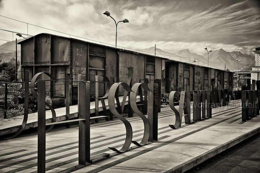 Memoriale della Deportazione - Borgo San Dalmazzo im Sturatal – Foto: © Wolfram Mikuteit