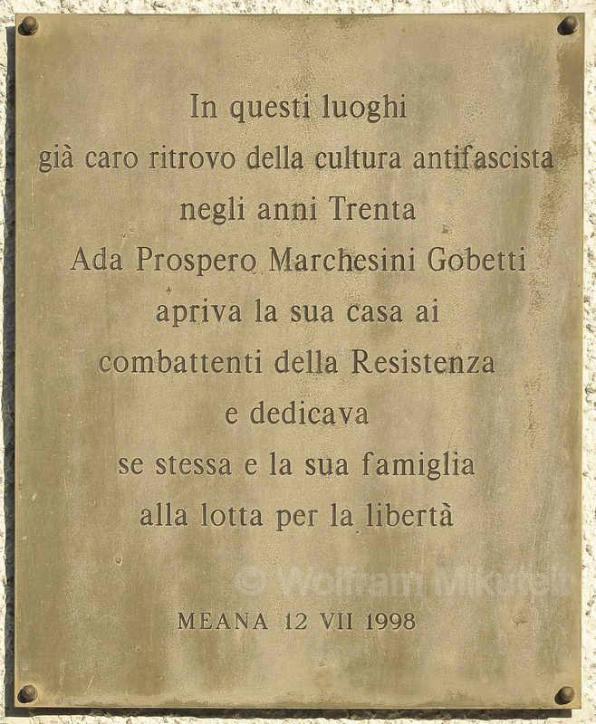 Gedenktafel für Ada Gobetti an ihrem Haus in Meana di Susa - Foto: © Wolfram Mikuteit