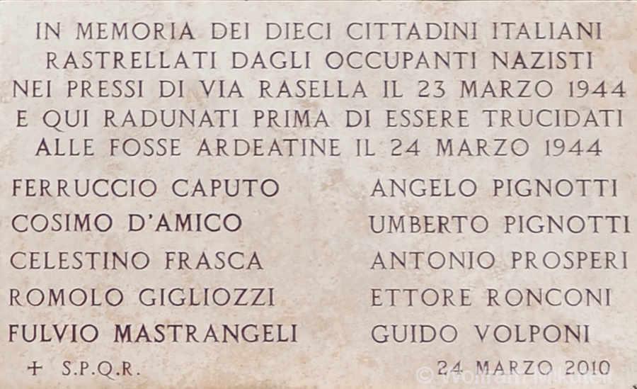 Gedenktafel in der Via Rasella, Rom - Foto: © Wolfram Mikuteit