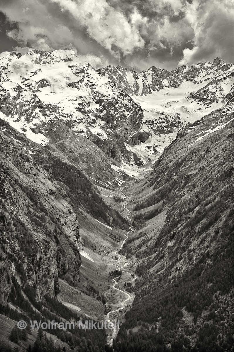von Colonna Blick nach Süden ins Vallone di Valeille - Foto: © Wolfram Mikuteit