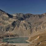 Fluchtweg über den Colle Galisia, mit Lago Serrù und Passo della Losa - Foto: © Wolfram Mikuteit