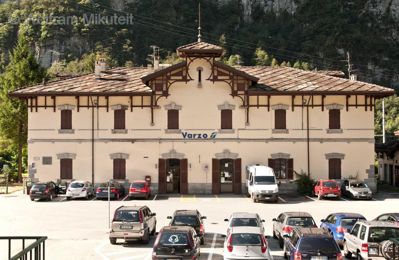 Bahnhof in Varzo